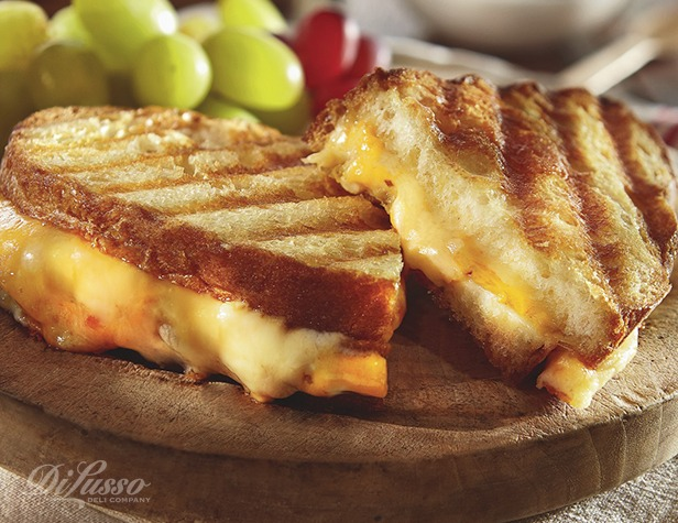 Tre Formaggio Sandwich (Three Cheese)