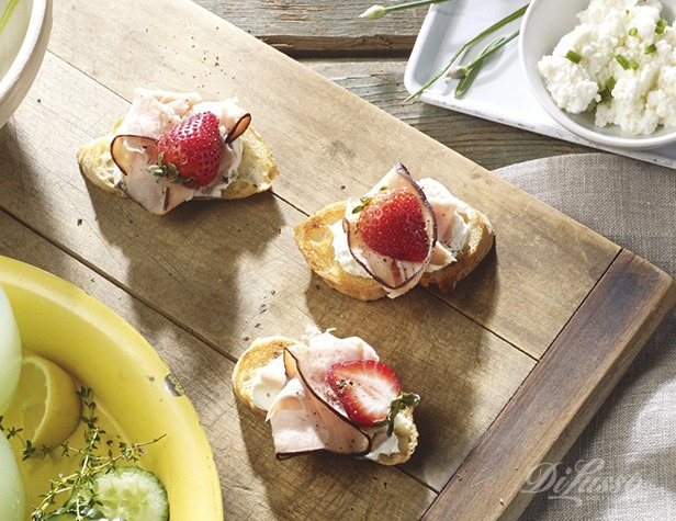 Balsamic Strawberry and Turkey Crostini