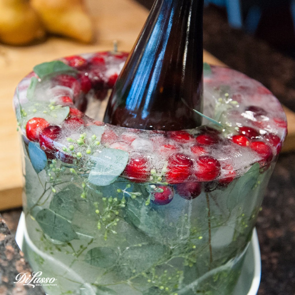 Di Lusso_Nov_'16_Content_Features_Cranberries_Pic3