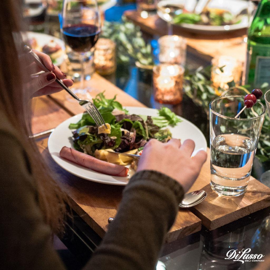 Di Lusso_Nov_'16_Content_Features_Friendsgiving_Pic1